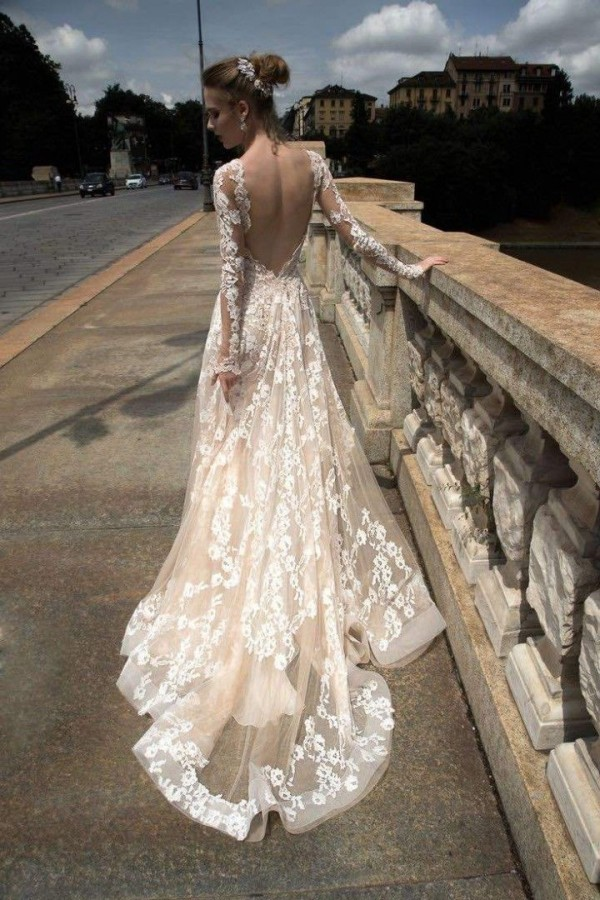 Alessandra Rinaudo wedding dress