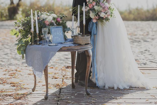 Polish Weddings Inspire: Lake Serenity Love